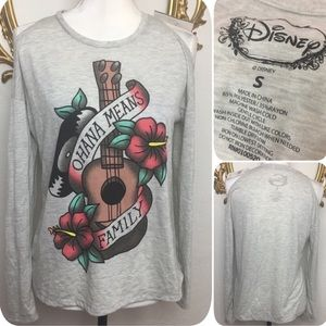 NWT Disney Ohana Means Family Top Size S